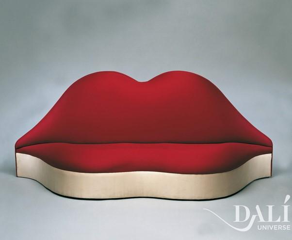 Mae West Lips Sofa   The Dalí Universe